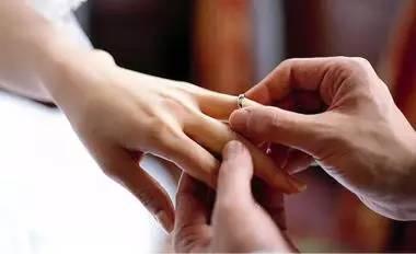 结婚不等于幸福, 单身也不意味着不幸